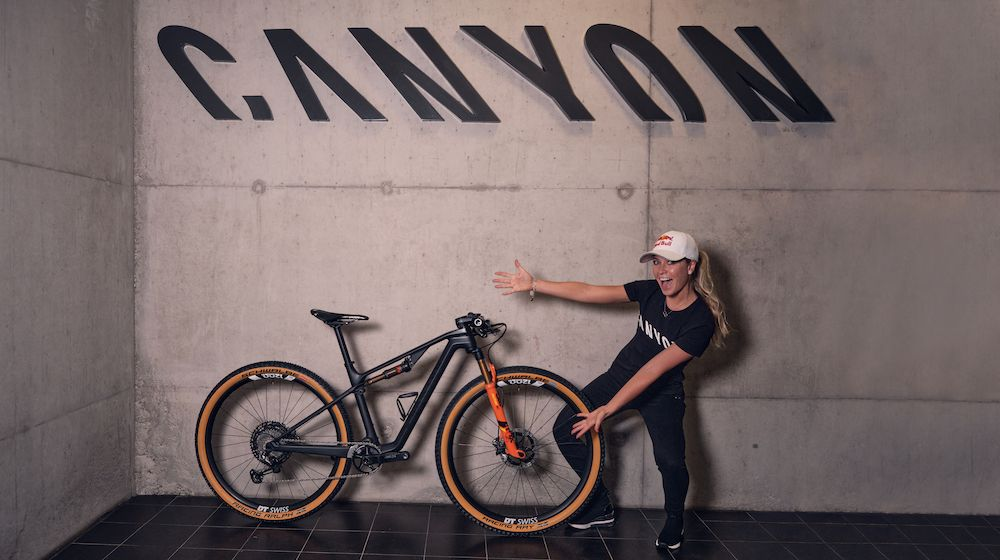 Emily Batty joins Canyon