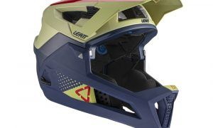 Leatt_Helmet_MTB_4.0Enduro_Sand_rightISO_1021000550