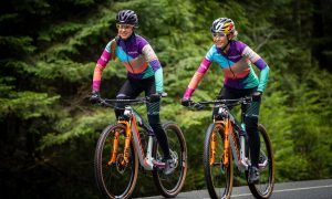 Canyon MTB Racing Emily Batty Laurie Arsenault