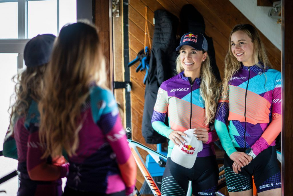 Canyon MTB Racing Emily Batty Laurie Arsenault