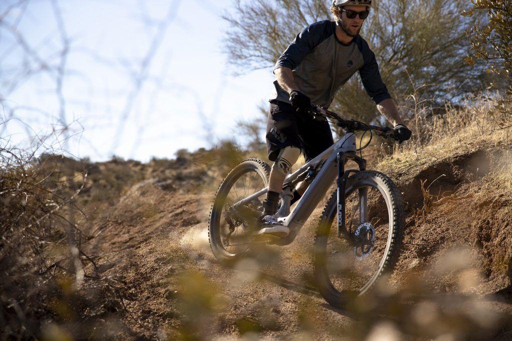 Paul Basagoitia con Canyon Bikes