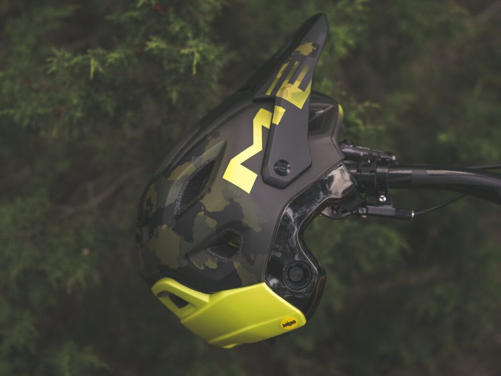 Casco MET Parachute