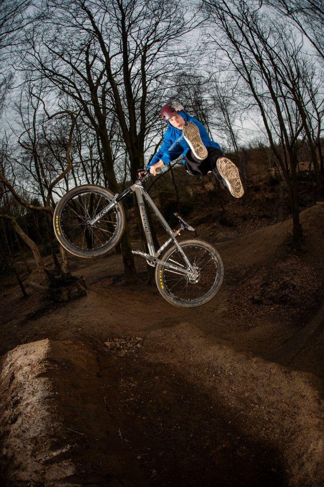 El Dirt Jump vuelva a Cannondale con la DAVE